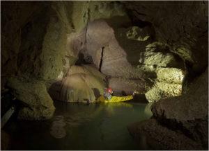 Grotte de la Vieille Folle vers Montmahoux (1)
