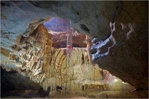 Grotte St Marcel Guy (7)