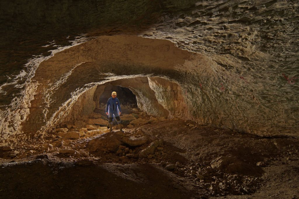 grotte-de-nahin-8